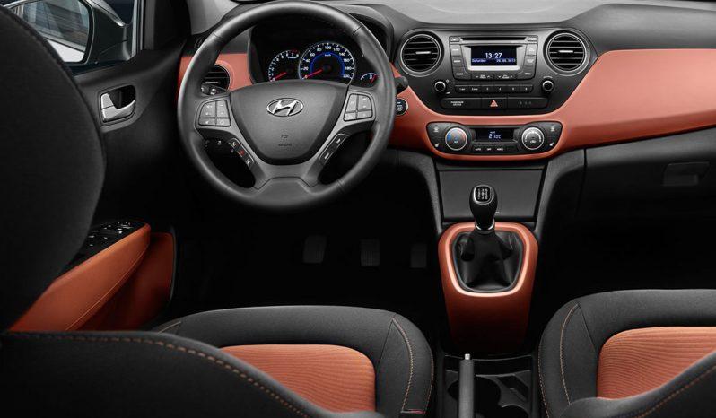 Hyundai i10 A/T full